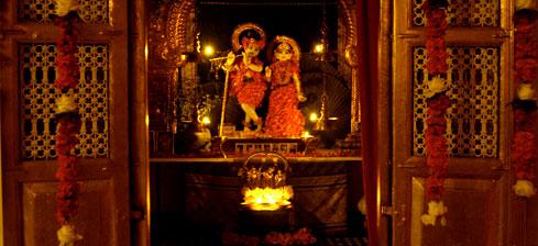 Radha Damodara doors